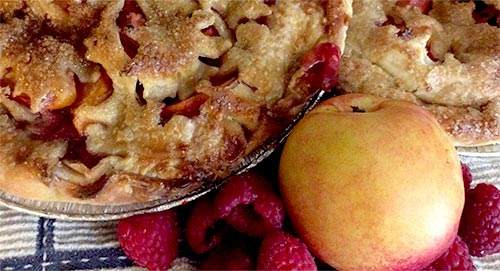 Savagely Good, Peggy Savage,  Savagely Good Delectable Handmade Treats, handmade treats, seasonal local fruits, seasonal local vegetables, no artificial preservatives, Quiches and Pies, Apple Pie, Tomato Pie, Pumpkin Pie, Cinnamon Rolls, Savory Tarts, Lemon Bread, Fudge, Pre-Order Pies, Vienna Farmers' Market, Mosaic District Farmers' Market,  handmade treats in Virginia